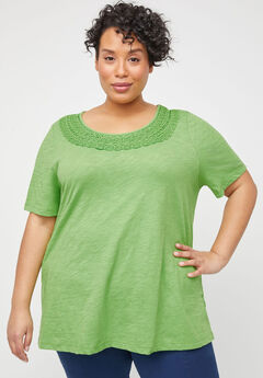 Evergreen Crochet Tee,