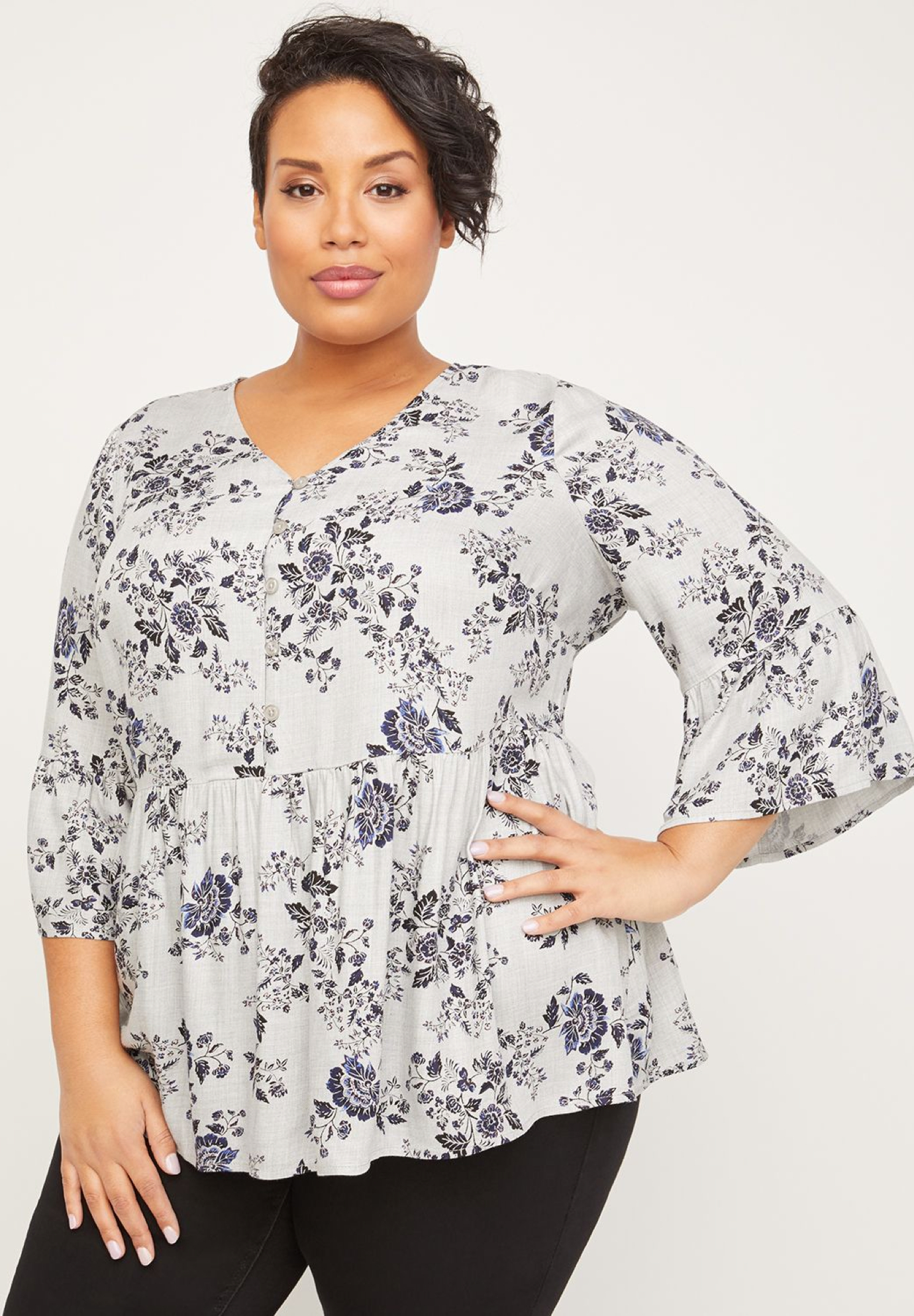 Ainsley Gardens Peasant Top,